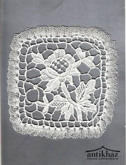 Vertcsipke terítő, mérete 11,5 x 11,5 cm